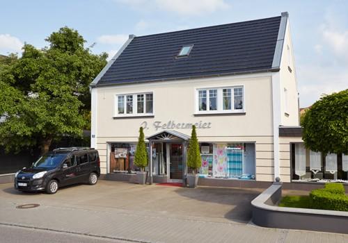 Das Gebäude der Firma Raumausstatter Felbermeier in Pöttmes.
