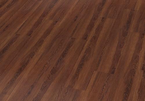 Bodenbelag aus dunklem Holz von Joko.